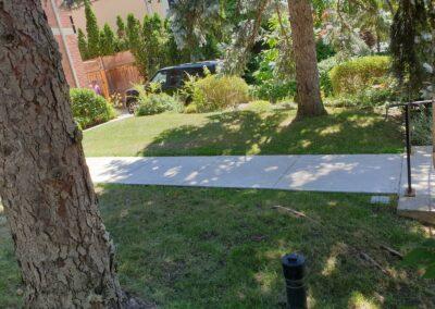 neat walkway